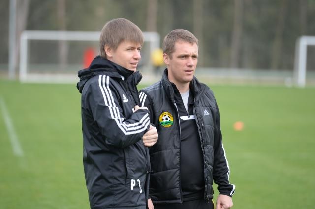 Роман Заикин (слева) с Виктором Ганчаренко в ФК
