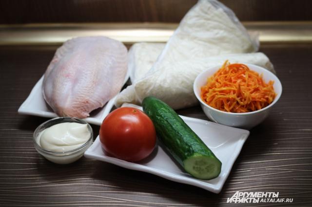 В шаурме используются простые и полезные продукты.