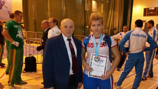 Алина с тренером, В. Шванером, в Дублине.