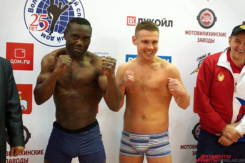 Боксёр из Франции Чарлан Такам сразится с пермяком.