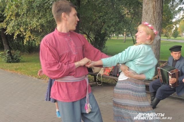 по словам Кашутина. народный пляс - совсем не то, что мы видим по телевизору.