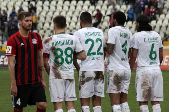 Николай Зайцев за год «подешевел» на 500 тысяч евро, но всё равно остаётся одним из самых дорогих футболистов красно-чёрных.