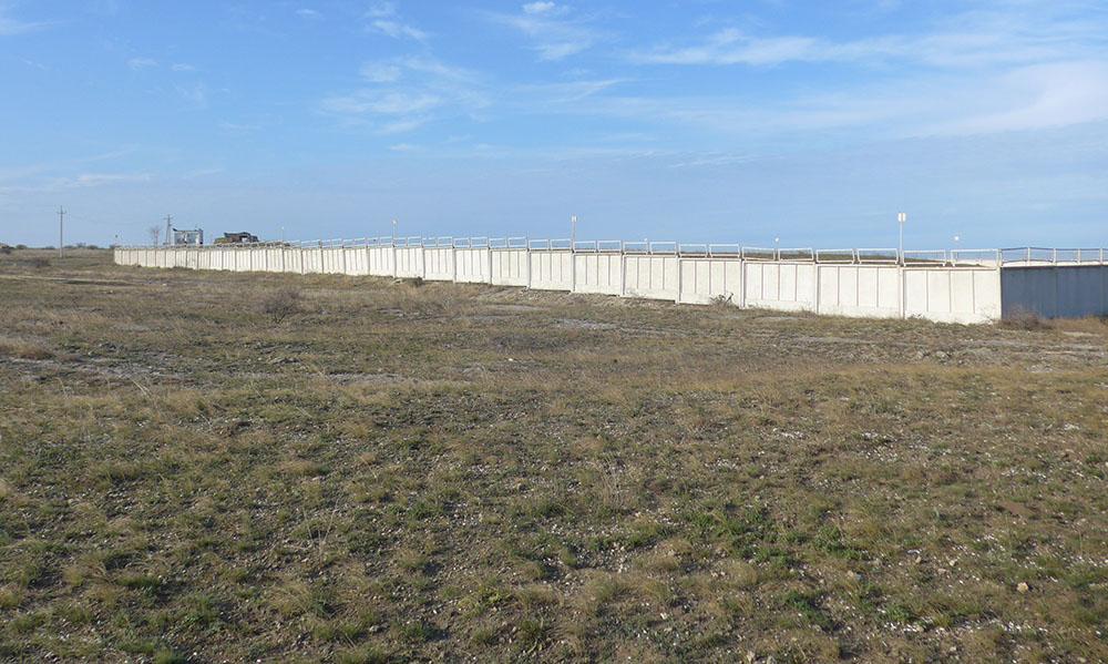 После присоединения Крыма к РФ могильник обзавёлся бетонным забором