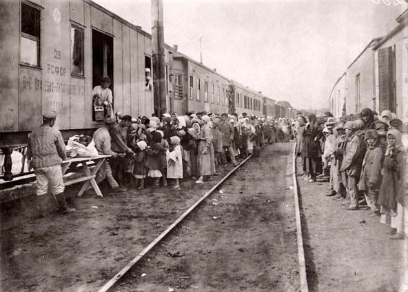 Врачебно-питательные поезда.