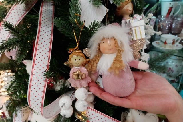 Безопасные игрушки стоит выбрать для тех, у кого дома маленькие дети или игривые животные.