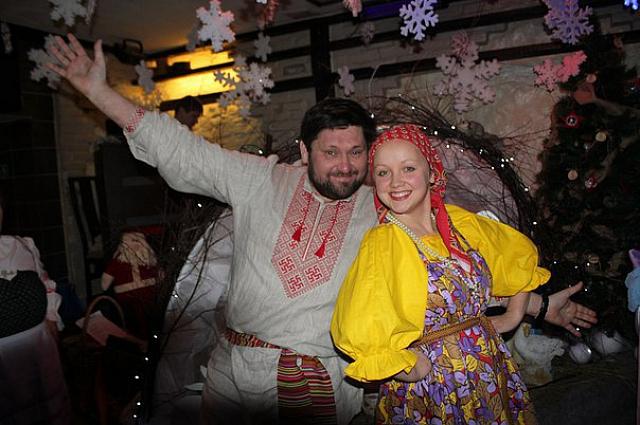 Надежда и Алексей познакомились в Москве.