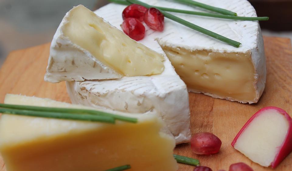 Очень, очень много сыра ждет гостей фестиваля.
