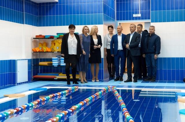 В 2019 году был построен и введен детский сад на 218 мест в поселке Ленсоветовский Пушкинского района.