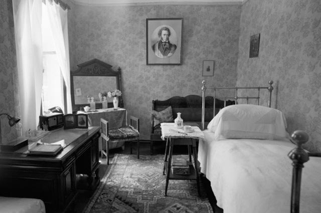 Комната Ольги Леонардовны Книппер-Чеховой в доме-музее А. П. Чехова в Ялте