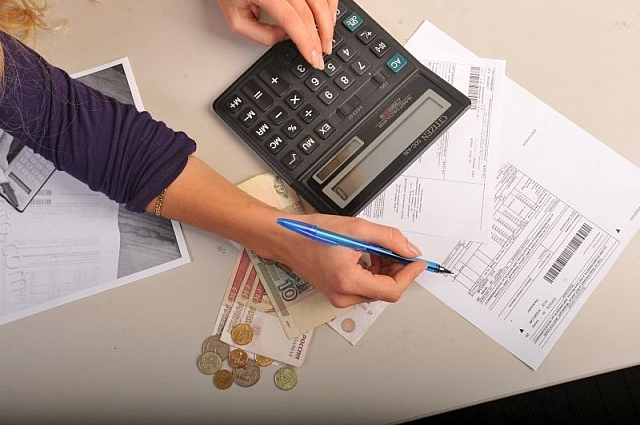 Прежде, чем брать кредиты, стоит рассчитать свои платёжные возможности.
