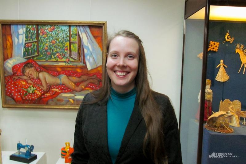 Ольга Четвертных уверена, что фарфоровые куклы предназначались и для детской игры.