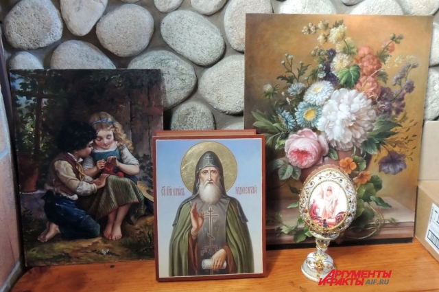 Работы монахинь Марие-Магдалинской обители.