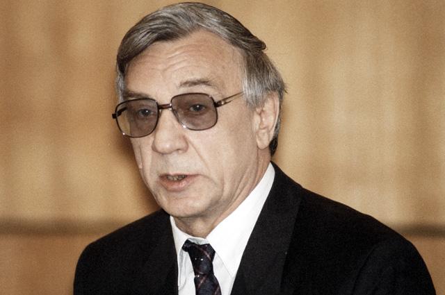 Бывший вице-президент СССР Геннадий Янаев во время судебного процесса по делу ГКЧП. 1993 г.