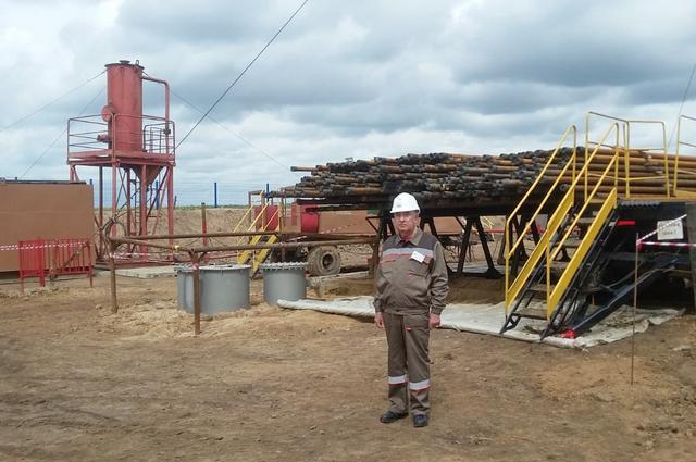 Гендиректор Нурфаяз Габдрахманов на месторождении в Оренбургской области.