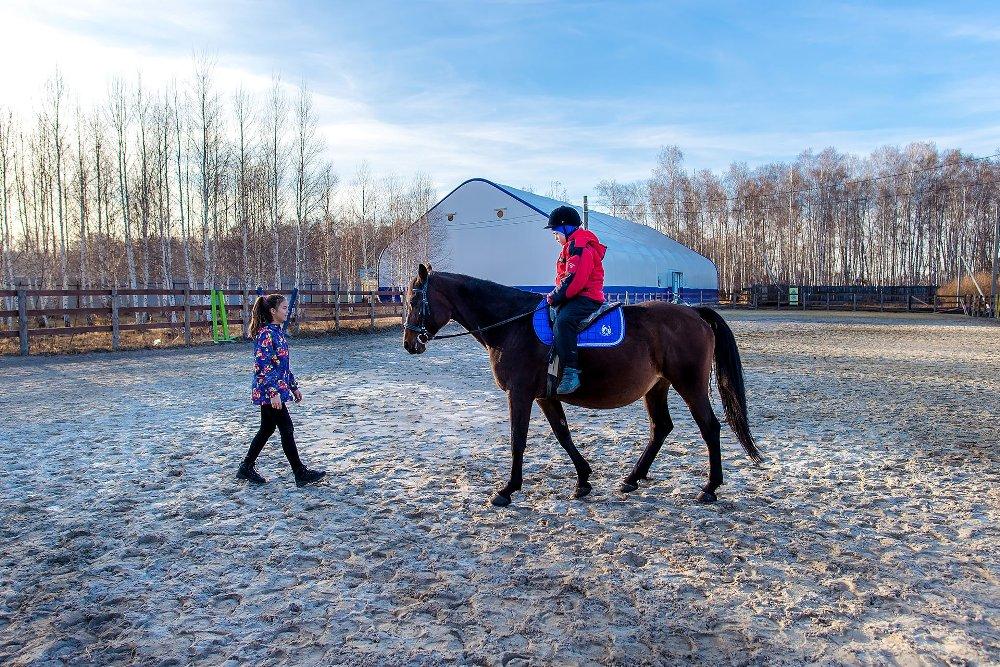 Ульяна занимается адаптивным конным спортом уже четыре года.