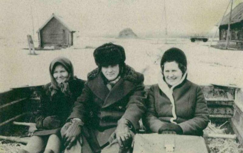 «Следователь прокуратуры Червякова А.И., выезд на место происшествия, 1975 г.»