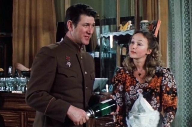 «Асторию» снимали в гостинице «Центральная», бывшей булочной Филиппова.