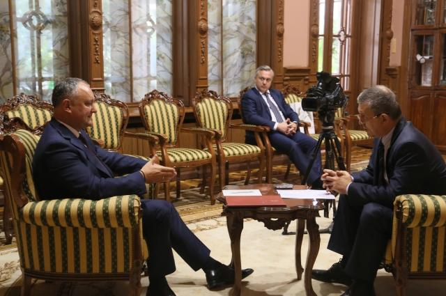 Встреча Игоря Черняка и Игоря Додона.