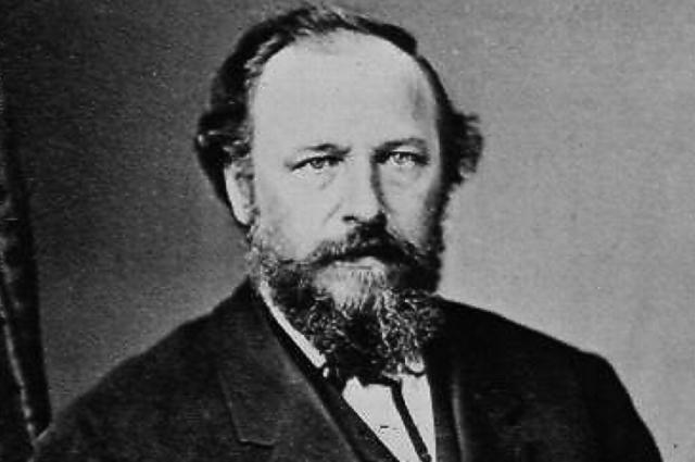 Иван Васильевич Турчанинов родился на Дону, в семье небогатого помещика.