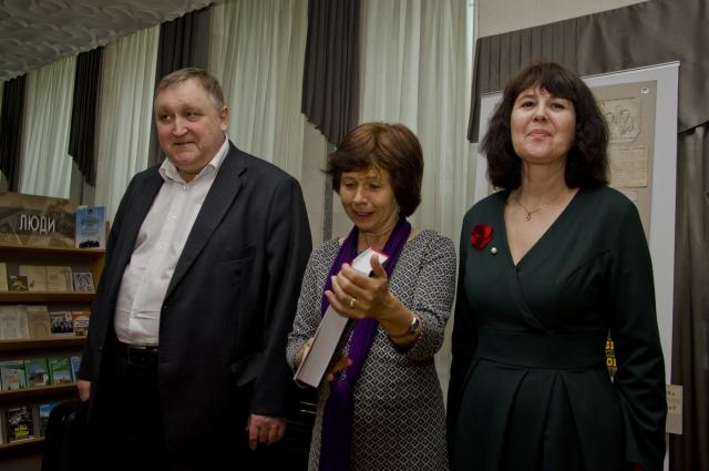 Внучка писателя и «омская» команда издания. Анатолий Штырбул и Юлия Зародова.