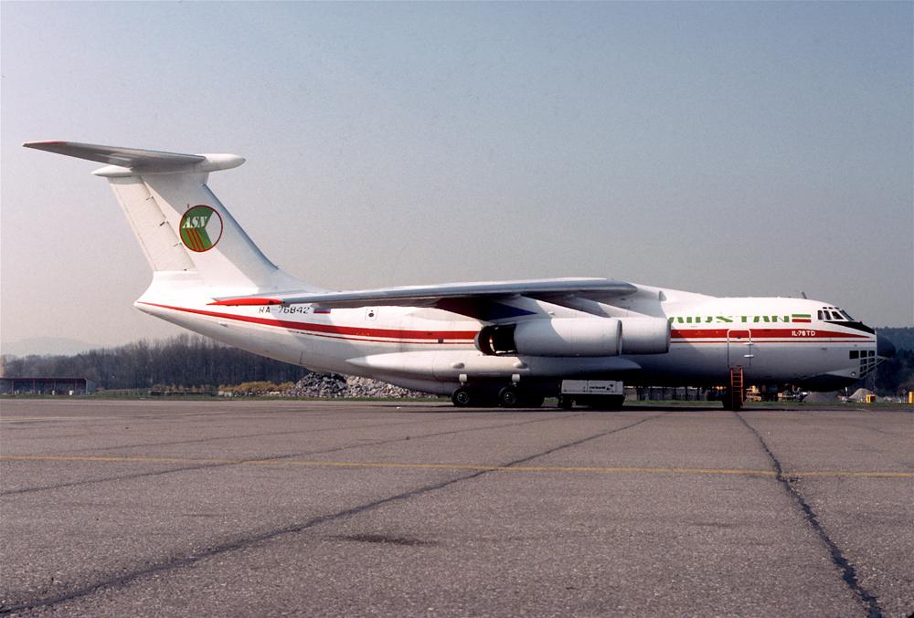 Ил-76ТД борт RA-76842 за 4 месяца до захвата.