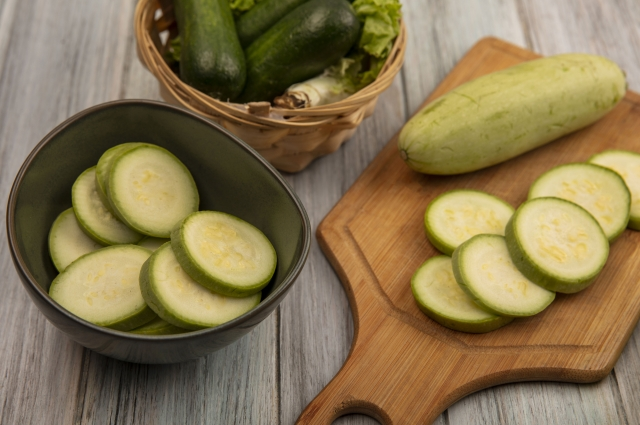 Цукини и кабачок - абсолютно взаимозаменяемые овощи.