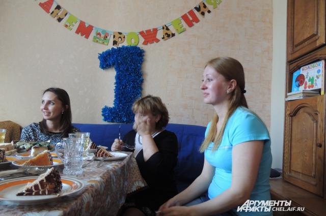 Ровно год назад Ирина рыдала от безысходности, теперь плачет от счастья.