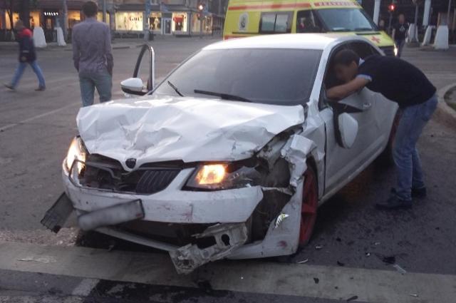 Пять человек пострадали в крупном ДТП в центре Перми