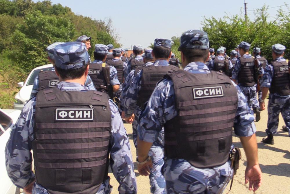 учения УФСИН, задержание преступника