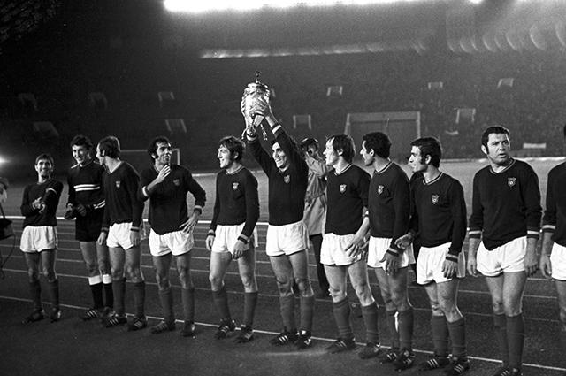 Обладатели Кубка СССР по футболу 1973 года — игроки команды «Арарат».