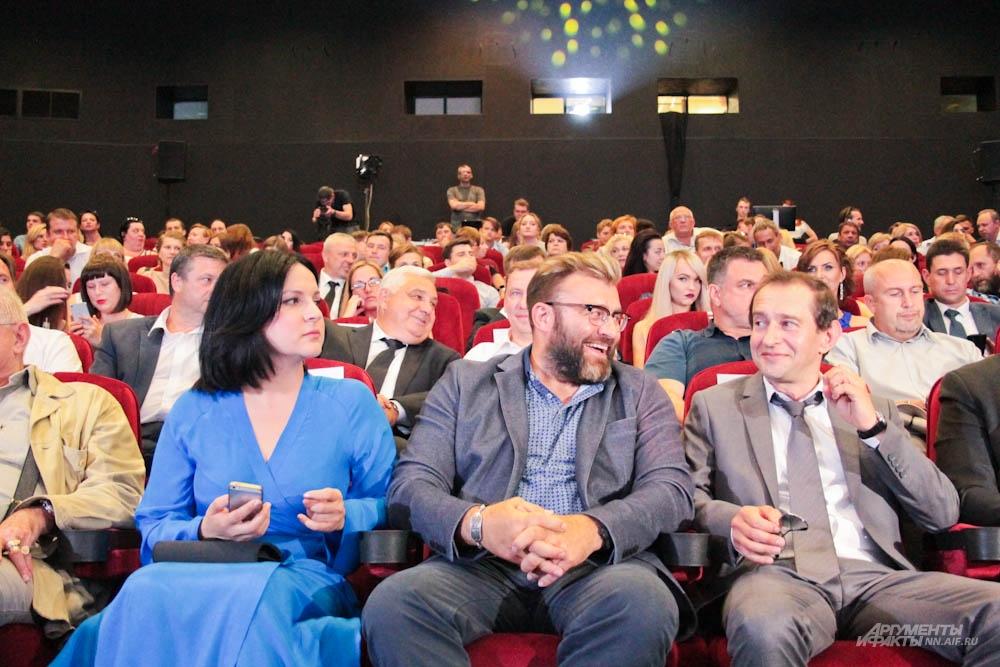 Актер Константин Хабенский (на фото справа) неплохо изучил Нижний Новгород на съемках сериала «Метод».