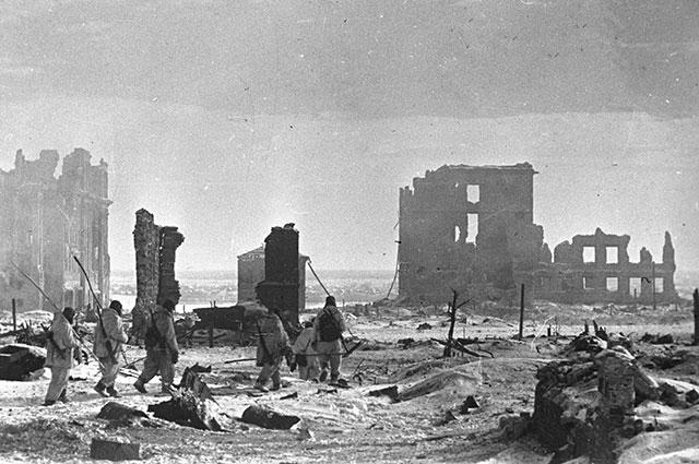 Центр Сталинграда после освобождения от гитлеровцев.