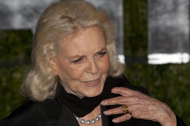 Лорен Бэколл, 2010 год