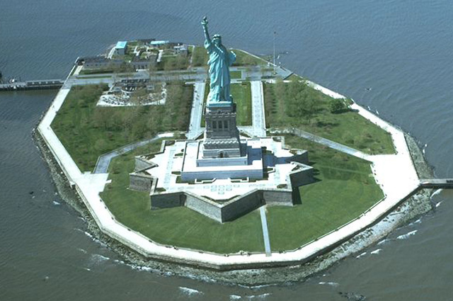 Остров Свободы, США.
