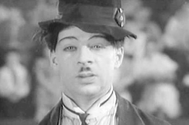 Михаил Румянцев в фильме «Высокая награда», 1939 год.