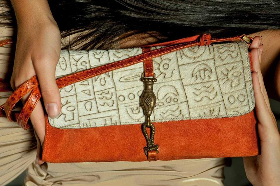 Эта сумка изготовлена вместе с дизайнером Марией Ситниковой.