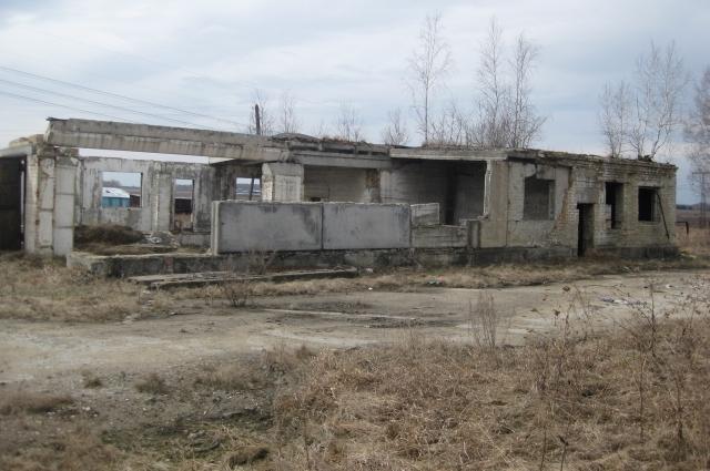 Таким, по словам Олега Карачева, был дом до начала строительства.