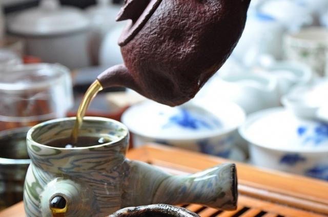 Глиняный чайник хорош для монозаварок