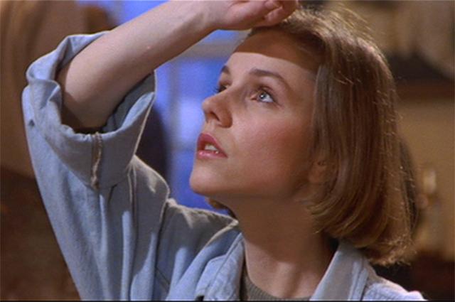 Марина Зудина в фильме  «Немой свидетель», 1994 год.