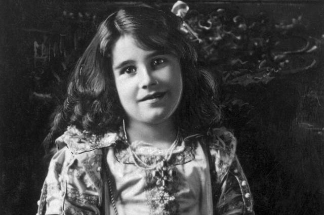 Элизабет Боуз-Лайон. 1909 год