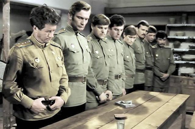 Кадр из фильма «В бой идут одни старики», 1973 год