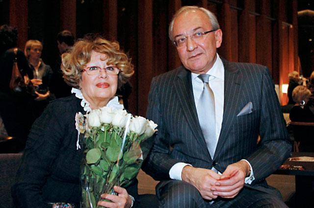Марина Неелова с супругом Кириллом Геворгяном, 2010 год