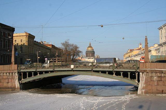 Осенние туры в Санкт-Петербург очень популярны у омичей.