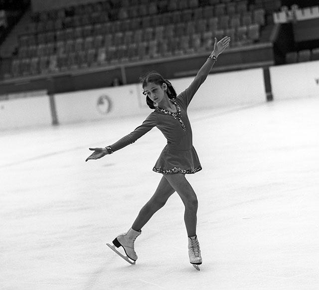 Елена Водорезова во время турнира сильнейших фигуристов страны, декабрь 1975 года.