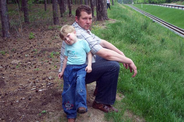 Всю жизнь Павел сначала работал на железной дороге, потом в метрополитене, а затем в Казанском железнодорожном техникуме. Снимок 12 июня 2008 года