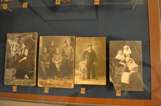 Даже если в архиве дедушки или бабушки вы найдёте фото незнакомцев, не стоит их выбрасывать.