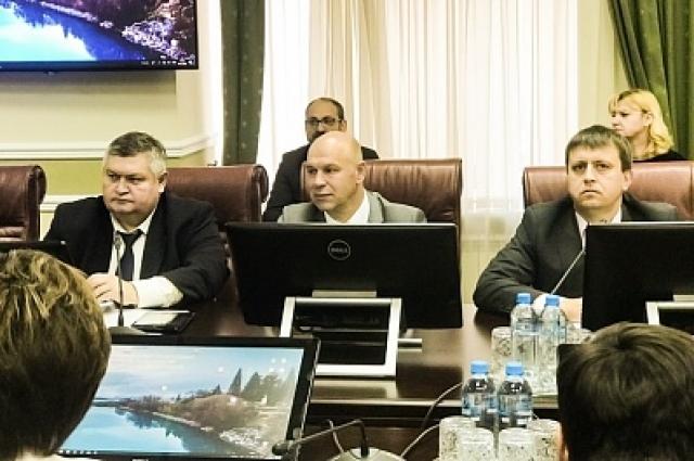 В рамках заседания Комиссии от оренбуржцев прозвучали предложения, касающиеся изменения сложившейся ситуации.