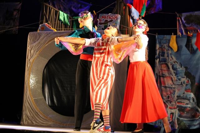 Спектакль – несомненная удача театра Северного флота.