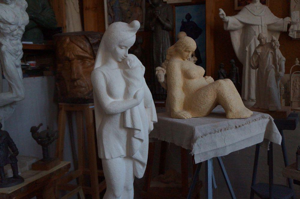 Мастерская скульптора.