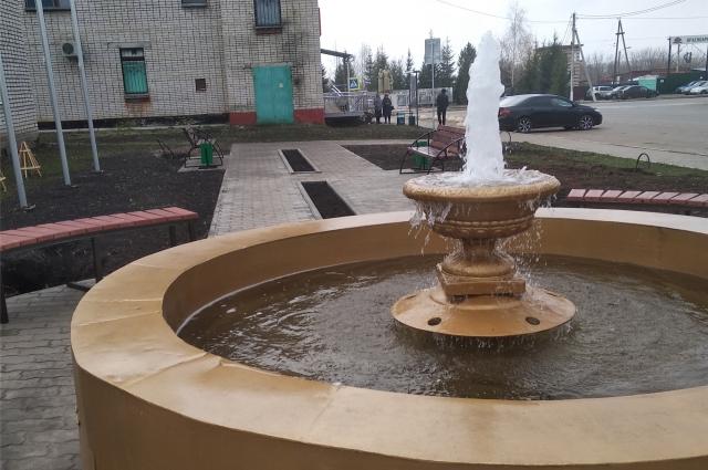 А вы такое видели: фонтан в селе!
